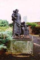 ワルシャワ ユダヤ人墓地